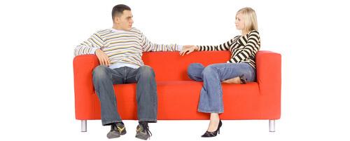 sofa-par-oddaljen-siroka